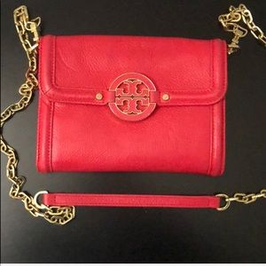 Beautiful Tory Burch Purse in Excellent Condition